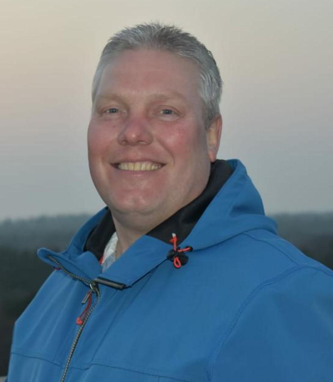 Raymond Vos ook volgend jaar trainer JO19