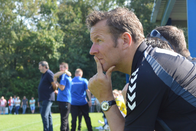 Bert van den Brink en V.V. Stroe verlengen contract